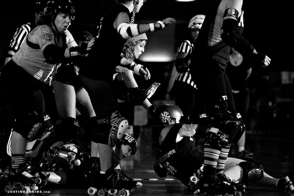 Dominion Derby Girls: 4th Annual Army vs. Navy Bout